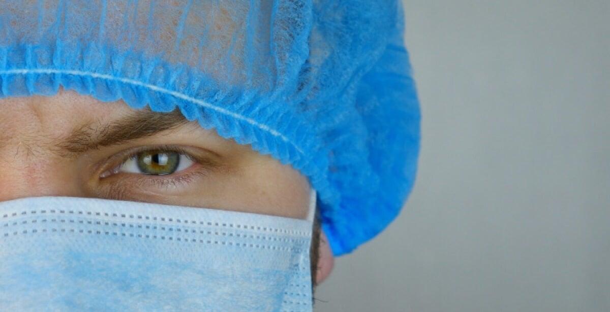 nurses confront COVID-19